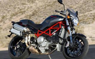 Как называется мотоцикл с большим задним колесом