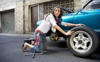 Как накачать бескамерное колесо на скутере