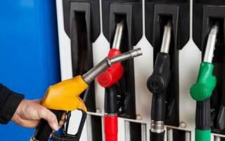 Скутер почему жрет много бензина