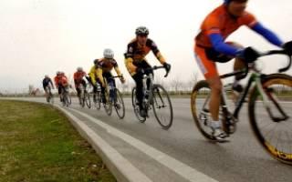 Как надо ехать по дороге на велосипеде