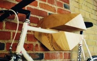 Как повесить велосипед на стену вертикально