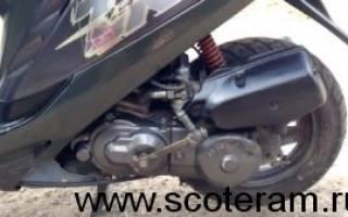 Какое масло заливать в 4 тактный двигатель скутера