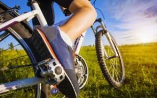 Как правильно ставить ногу на педаль велосипеда